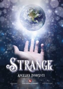 Book Cover: Strange di Angelica Innocenti - RECENSIONE